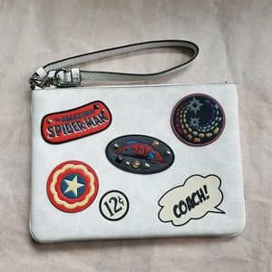 Marvel Gallery Pouch Wristlet